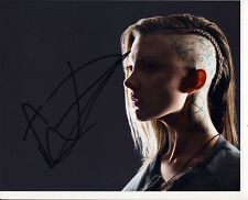 [7064] Natalie Dormer THE HUNGER GAMES Signed 8x10 Photo AFTAL
