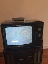 RCA VINTAGE TELEVISION SET 13-INCH COLOR TV 1984 RETRO