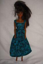 Fatto A MANO VERDE NERO TRACOLLA Vestito. Fit Barbie Bambole Fashion