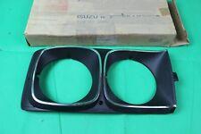 NOS OEM GM 72-82 CHEVY LUV RH PASSENGER HEAD LIGHT LAMP CASE TRIM RIM 94026110