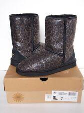 UGG AUSTRALIA Classic Short Glitter Boots 7 BLACK LEOPARD Shearling Fur Midcalf