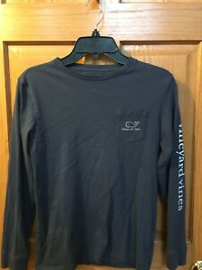 Vineyard Vines Boys M 10-12 Long Sleeve Vintage Whale Graphic T Shirt GUC