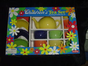 Children's Tea Set-Porcelain-Bright Colors-Schylling Collectibles-3 and Up