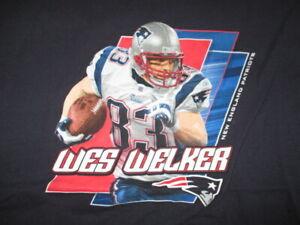 NFL Team Apparel Label - WES WELKER No. 83 NEW ENGLAND PATRIOTS (XL) T-Shirt