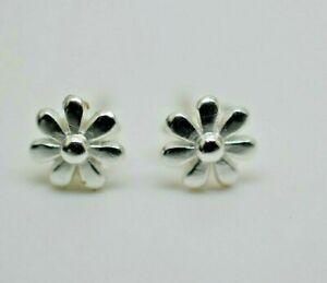 925 Sterling Silver Girls Cute Little Daisy Flower Stud Earrings solid 925