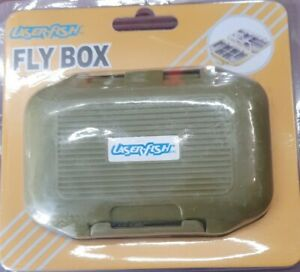 Fliegenbox Fliegendose  Fly Box 115 mm x 78 mm x 33 mm mit 12 Flächer