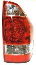 MITSUBISHI MONTERO Pajero Shogun REAR TAIL RIGHT LUCI 2003-2006 rosso, bianco