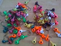 25 Pack of Painted 1/4oz Round Head Floating Jigs 1/0 Hooks
