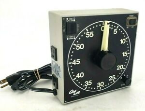 Gra Lab 300 Electro Mechanical 120V/60/Hz Buzzer Outlet Plug Darkroom Timer