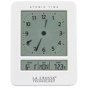 617-1392W La Crosse Technology Atomic Digital Analog-Style Dual Alarm Clock