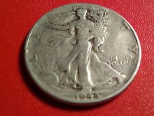1944 P WALKING LIBERTY HALF DOLLAR 90% SILVER IN NICE CONDITION