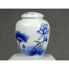 """Chinesische Teedose Porzellan blau-weiß """"Lotusblume"""" Keramik mit Aromaverschluss"""
