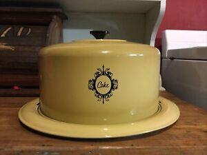 Vintage West Bend Cake Saver Keeper Carrier Harvest Gold Metal Aluminum Dome