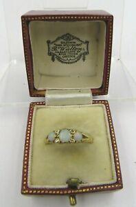 Vintage 18ct. Gold Diamond & Triple Opal Ring - UK Ring Size O - 3.6g