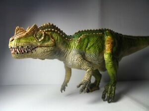 2017 New Papo Dinosaur Toy / figure Ceratosaurus