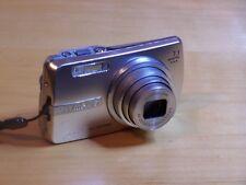 Olympus µ 700 Digital 7.1MP Digital Camera - Silver