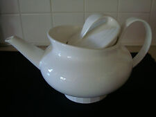 """WEDGEWOOD """"ETHERAL 1.3 L TEAPOT"""