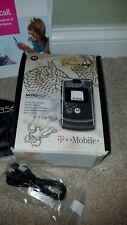 Motorola Motorazr V3 Gray Cell Phone Dragon Tattoo w/Chargers Case Headphones