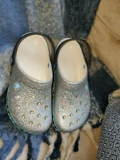 Crocs 203607 Crocband Penguins Clog Mules Women's 8 - Men's 6., Silver 2540