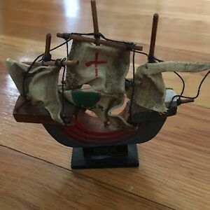 VTG REPLICA OF CHRISTOPHER COLUMBUS SHIP-NINA-LOOKS HANDMADE W/WOOD/STRING/PAINT