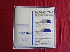 N°9664 / TOYOTA station wagon crown 2000/2003 : prospectus en français