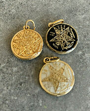 TETRAGRAMMATON Esoteric Protection Amulet Pendent Charm   Black . White Or Gold