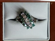 10k White Gold Diamond and Emerald Cluster Ring 1378