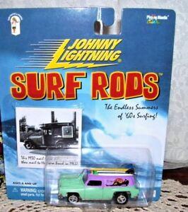 Johnny Lightning Surf Rods Waimea Mamas 2000 MIP