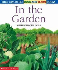 In the Garden (Look-And-Learn) by Gallimard-Jeunesse