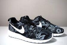 7162d7a82b69 Nike Roshe Run Print Floral Gray White Black Sneakers 655206-018 Size 8.5