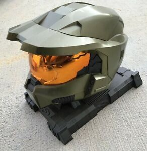 Halo 3 Legendary Edition Master Chief Helmet with Stand