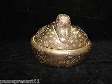 Jolie ancienne boite en forme de canard, métal argenté