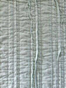 THRESHOLD Clipped Texture Quilt, Full Queen,Teal, Soft Cotton,MINT CONDITION