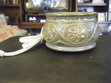 SC Johnson & Son SCJ-183 Ceramic Blue Floral Medallion Electric Candle Warmer
