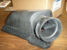2008-12 FORD Taurus 3.5L 8G1Z-9661-A Upper Air Cleaner Box Cover W/ MAF Sensor