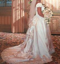 Mon Amie Bridal Salon Size 18 Ivory Wedding dress with Veil