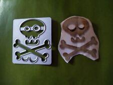 Sizzix Die Cutter Halloween Skull Crossbones fits Big Shot