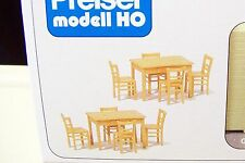 HO Preiser 17218 Woodtone TABLES (2) and CHAIRS (8) Model Detail KIT
