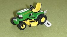 JOHN DEERE RIDE ON MOWER MINIATURE DIECAST SCALE 1/32 ERTL NEW