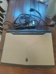 "Alienware Laptop 17.3"" R4 FHD - i7-7700HQ -GTX 1070 - RAM16GB- 1TB HDD+128GSSD"