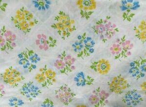 Vintage Bibb Multicolor Pastel Floral Trellis Flower Pattern Twin Flat Sheet USA