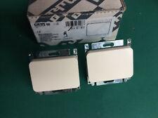 Niko PR20 crème  Lot de 2 interrupteurs inverseur réf. 12-6217