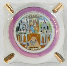 SQUARE WHITE GLASS ADVERTISING ASH TRAY STE. ANNE BEAUPRE, QUEBEC CANADA