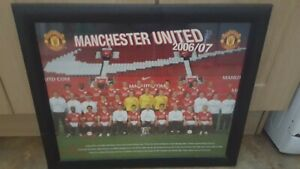 MANCHESTER UNITED 2006/2007 WALLPAPER IN A BLACK FRAME