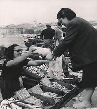 MARSEILLE c.1950 -Vente des Poissons frais Bateaux Port Bouches-du-Rhône- NV 644