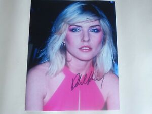 DEBBIE HARRY ( BLONDIE ) SIGNED AUTOGRAPHED PHOTOGRAPH SIZE 10 X 8 WITH C.O.A.