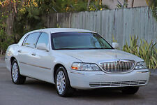 2006 Lincoln Town Car Signature Edition