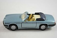 MAISTO 1:40 JAGUAR XJS V12 Cabriolet with Opening Doors & Pull Back & Go Action