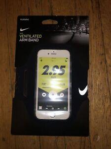 Nike Arm Band Armband Smartphone Case Running Sports Ventilated Black Red Unisex