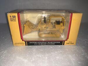 First Gear, 1:50 scale, International Harvester 175 Crawler Loader, #50-3058